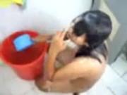 แก้ผ้า อาบน้ำ วัยรุ่น น้องสาว นักเรียน