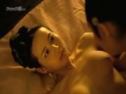 Sex Scene หนังจีนเย็ดแม่นางสนม แก้ผ้าอาบน้ำ ดันเข้ามาเห็นนมหีเน้นๆ อย่างเนียนเงี่ยนขอเด้านะคืนนี้