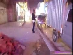 ขอเย็ดหีวัยรุ่นญี่ปุ่นข้างทาง พาขึ้นมาอ๊อฟหี จัดเลียกลีบหีให้ไปหนึ่งน้ำ เสียวจนกลีบหีปิด น้ำหีเธอเดินมาเป็นทาง