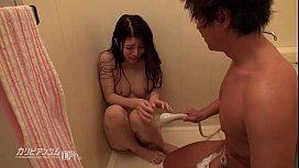 ฉากข่มขืนเพื่อนสนิทสาวเข้ามาผิดเวลา ไอแว่นอาบน้ำจับถอดแก้ผ้าซอยหีเมียเพื่อน ก็เธอมันน่าอึ้บสักดอก เขินจนหีสั่น