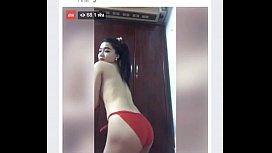 คลิปหลุดไทย Facebook Live คนดูกว่าหกหมื่น ส่ายก้นโชว์นม เรียกความเงี่ยน น่าเด้าหีท่าด้อกกี้