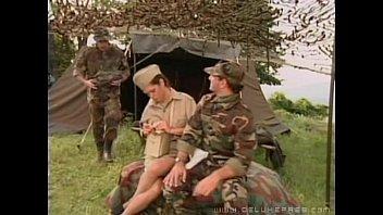 โป้Xฝรั่งกองทัพนักเย็ด ทหารกองทัพเวลาเงี่ยนๆต้องล่อหีพยาบาล มีสองหีต้องใช้ให้คุ้ม เวลาออกรบจะได้กระปี้กระเป่า