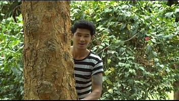 xxxไทยแอบเย็ดเมียเพื่อน มานอนด้วยกัน กระเด้าหีเย็ดตั้งแต่เริ่มเรื่อง ตีหน้าซื่อไปคุยกับผัวน้องเค้า แล้วมาเย็ดต่ออีกรอบ