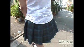 avยัดเครื่องสั่นในหีนักเรียน กลีบหีเนียนไร้ขหมอยอูมอ้วน น่าเย็ดเสียบควยเข้าไป คลิปโป๊ญี่ปุ่นแนวโรคจิต
