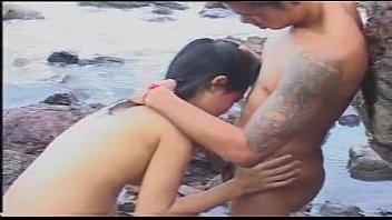 thaipornuncen หนังไทยเต็มเรื่องจ้างคนคุกมาเย็ดสก๊อยไทยโบราณภาพเก่าแต่เสียวไม่เซ็น หีไทยดำๆหมอยดกกลีบใหญ่