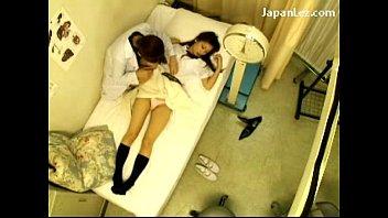 หมอเจ็บหนังAVญี่ปุ่นออนไลน์หมอสาวเลสเบี้ยนหลอกเกี่ยวเบ็ดหีนักเรียน บอกป่วยเจ็บหี เจอนิ้วมหัศจรรญ์ หีเมือกหีแตก