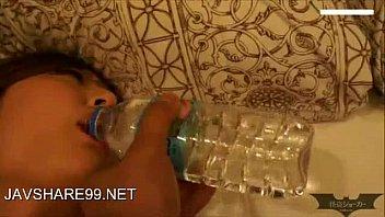 หลุดล่าสุดจากญี่ปุ่นแอบล่อหีเพื่อนสาว เมาเหล้าหนักเลยจับเย็ดจนหีโบ๋ รูเต็มด้วยน้ำเงี่ยนไปหนึ่งน้ำ ตื่นมารู้ตัวโดนเย็ด