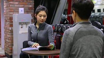 หนังรัก18+ หนึ่งต่อหนึ่ง เล่นเสียวกับเทรนเนอร์สาว พาเข้าห้องมาเย็ด เกาหลีHDพันธ์เอ๊ก