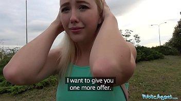 หนังโป้ใหม่2018 จาก Public Agent ชวนฝรั่งเย็ดกลางลานหญ้า ซื้อหีน้องมาเย็ดเท่าไร พี่จ่ายได้หมด นางขย่มตอสดๆเร้ากระดอจัด