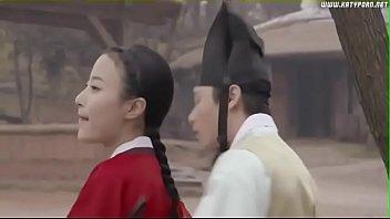 หนังโป้เกาหลีโบราณ สมัยยังไส่ชุดในสัว ท่านชายแอบล่อหีนางสนมทุกช้าเย็น ไม่รู้เงี่ยนควยไรขนาดนั้น